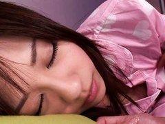 Девка насосалась членов и спит